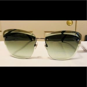 NWT Chanel 4221 Green/Silver Butterfly Sunglasses